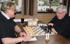 Andre Guth gegen Gerd Wald gingen ganz entspannt in ihre Partie
